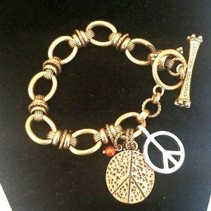 LUCKY BRAND Peace Sign Charm Linked Bracelet